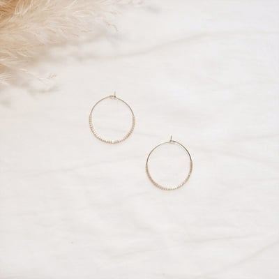 EVE + ADIS Ohrringe SKINNY HOOPS seashell - 1 Stk